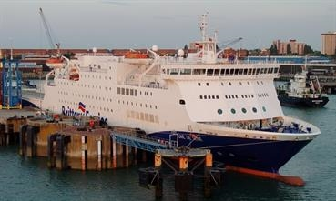 Brittany Ferries vessel BAIE DE SEINE loading for Spain at Portsmouth International Ferry Port. Photo © Russell Plummer