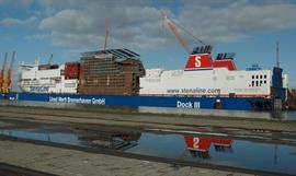 Stena turned to Lloyd Werft for the spectacular lengthening of STENA HOLLANDICA in 2007 - © Philippe Holthof