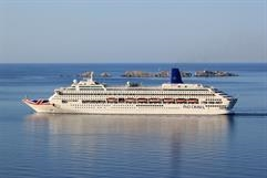 Following the sale of ADONIA, 1995-built ORIANA became the smallest ship in the P&O Cruises fleet © Neven Jerkovic