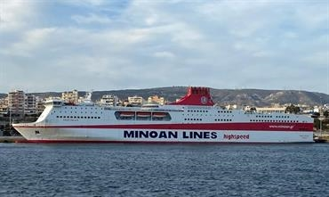 In conjuction with FESTOS PALACE's renaming to KYDON PALACE, Minoan Lines confirmed to Shippax a major vessel swap on its Piraeus-Crete routes. © George Giannakis