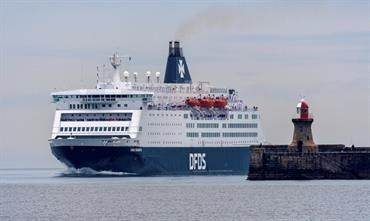 KING SEAWAYS and PRINCESS SEAWAYS will continue to serve the IJmuiden-Newcastle route until DFDS has found another solution to replace them. © Maritime Photographic