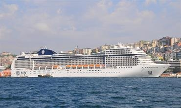 MSC MAGNIFICA will be lengthened by 23 metres © Marc Ottini