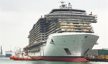 MSC SEASIDE floats | Shippax