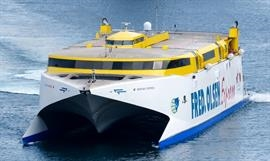 BENTAGO EXPRESS has been refloated following its 7 January grounding off Agaete. © Christian Costa