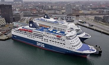 CROWN SEAWAYS and PEARL SEAWAYS have been laid up since mid-March. © DFDS