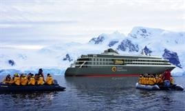 Delivery of WORLD EXPLORER has been delayed until the next summer © Quark Expeditions