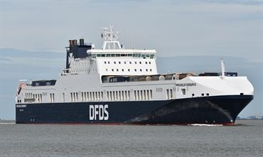 Stena Line has no space charter agreement anymore on DFDS's Esbjerg-Immingham service. © Marc Ottini