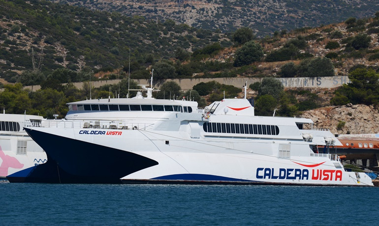 caldera vista ferry - how to get from Santorini to Mykonos