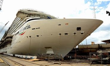 COSTA VENEZIA was floated at the Monfalcone shipyard © Fincantieri