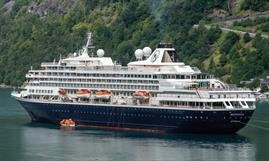 The 1988-built PRINSENDAM has been sold to Phoenix Reisen © Christian Costa