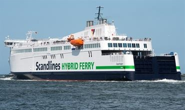 Scandlines invested in new hybrid tonnage for its Rostock-Gedser route © Frank Lose