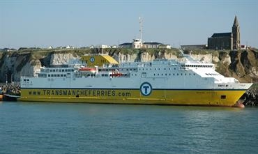 SEVEN SISTERS joins COTE D'ALBATRE on the Dieppe-Newhaven route between 1 May and 30 September © Philippe Holthof