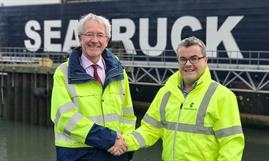 Peter Conway, Warrenpoint Harbour Authority's Chief Executive (on the left) and Alistair Eagles, CEO of Seatruck Ferries      © Seatruck Ferries