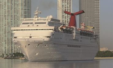 CARNIVAL IMAGINATION is the third Fantasy Class Fun Ship to be beached. © Shippax archive