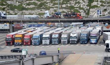 The UK Government fears long queues at Dover in case of a no-deal Brexit © Philippe Holthof